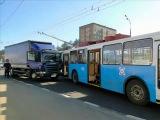 Аварии с участием троллейбуса.mp4 ©